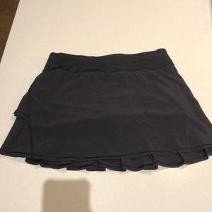 Never Worn black lululemon skirt - size 6